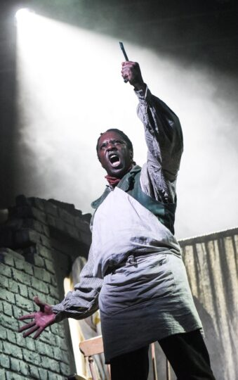 Hugh Maynard as Sweeney Todd Photo Robert Day 1